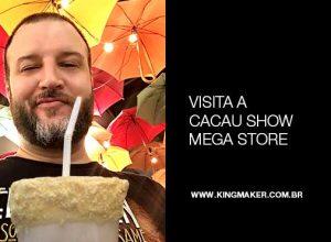 Alexsandro Kingmaker visita Cacau Show Mega Store