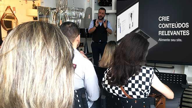Empório Luz Design promove evento de Marketing Digital com Alexsandro Kingmaker